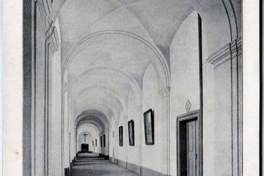 Pohled do klášterních chodeb