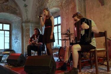 Večer pro klášter Chotěšov 2016 - koncert v kapitulní síni (Zdroj: Chotěšovská vlna)