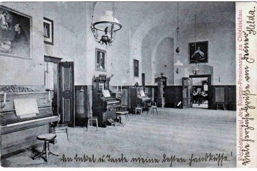Interiér kláštera za fungování penzionátní školy