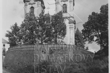 Kostel Navštívení Panny Marie v 60. letech 20. století